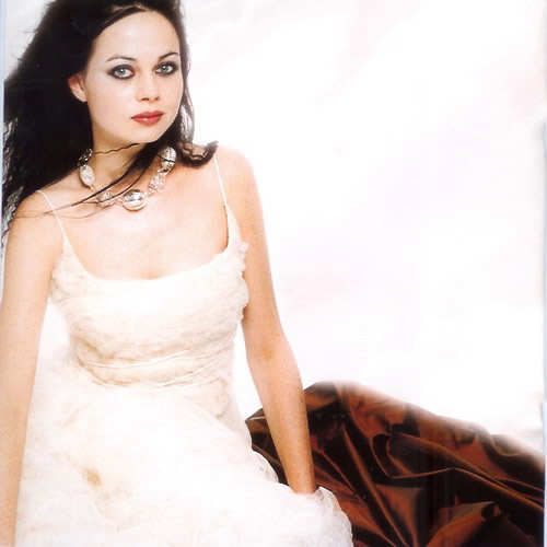 ffdd1fc35302 Opera bridal dresses collection by Marina Mansanta